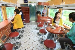 restaurant S-train